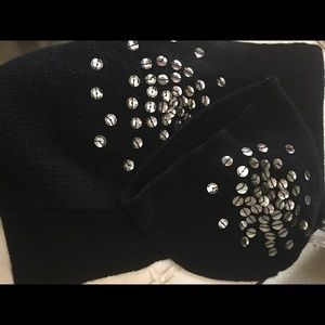 Accessories - Black wool angora scarf beanie set